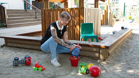 Katrin Rosche bei der Arbeit